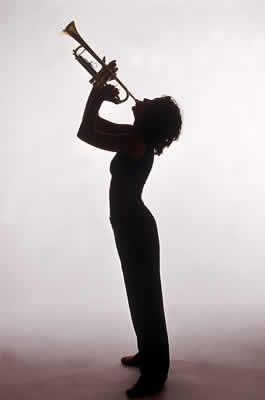 woman-playing-trumpet.jpg