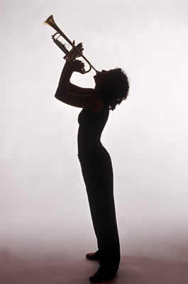 woman-playing-trumpet.jpg