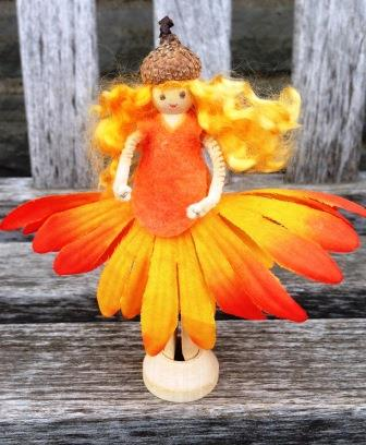 Daisy Doll - Spring crafts at Heartfelt.