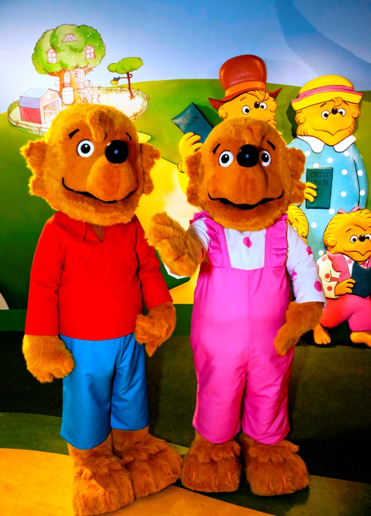 Located in Broomall PA this one-of-a-kind center recreates a credit union that might be found in the Berenstain Bearsu0027 Bear Country. & May 2013 News from the Berenstain Bears