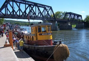 Tugboat Roundup Waterford Mike Bielkiewicz)