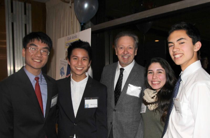 Dr DeMaso visits teen mentors in Community Q&A kiosk