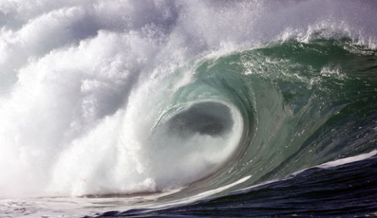 The ocean's kinetic energy can be converted into electricity. Credit: Green Ocean Wave Energy