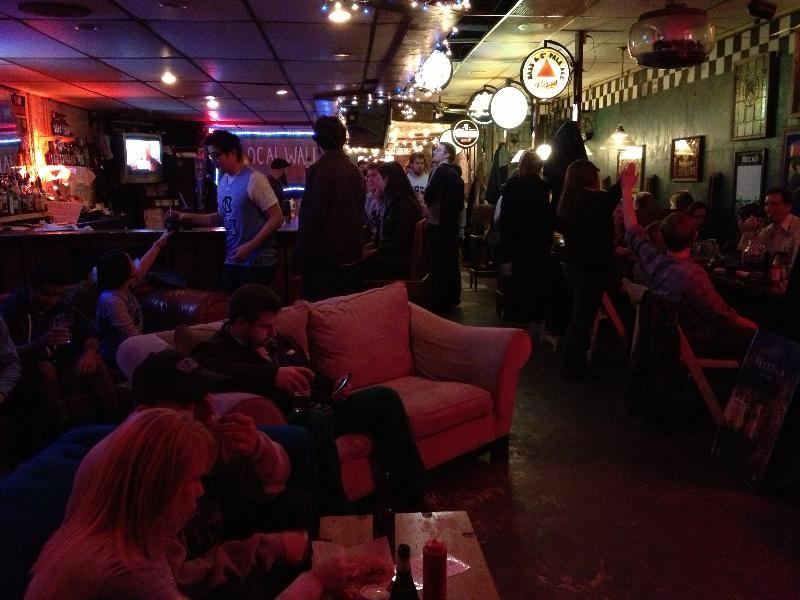 Linda's Bar & Grill