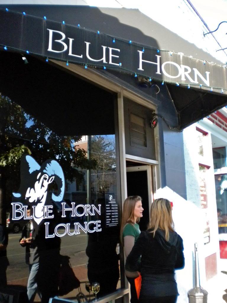 Blue Horn Lounge