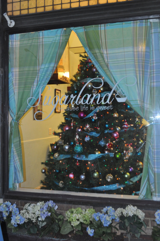 Sugarland - Holiday Display