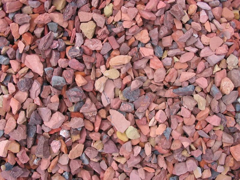 Red Landscaping Stone : Rock mulch pricing guide