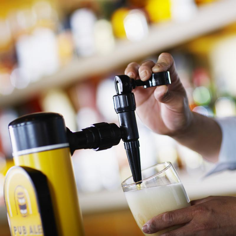 beer_pour.jpg