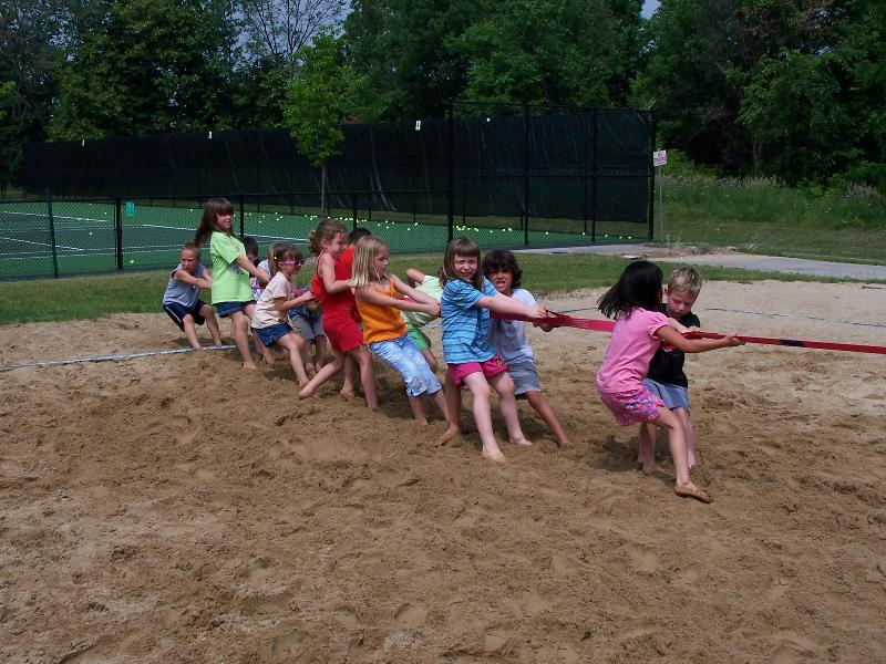 summer camp tug o war