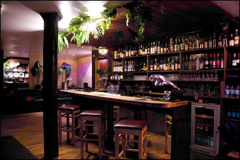 cottons bar