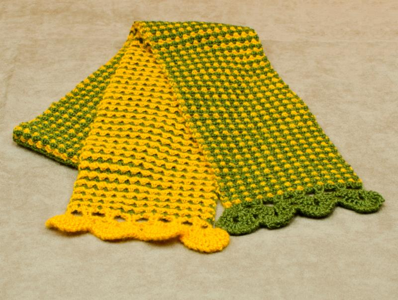 The Wave Crohook Scarf