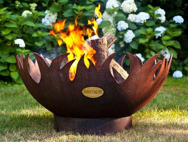 Blaze firepit
