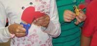 kidshandsmakinghearts