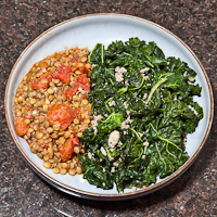 kale and sausage with lentils and tomatoes