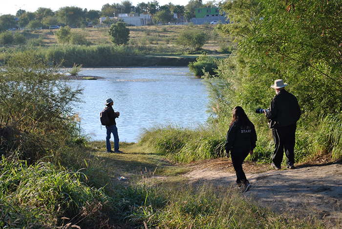 Bird watching expedition along the Rio Grande