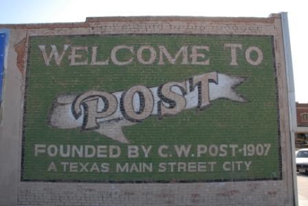 Post Mural RV