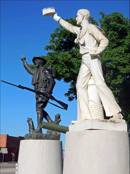 Crowell, TX, World War I monuments, restored
