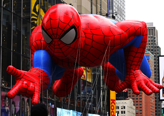 spiderman balloon at Macy_s Thanksgiving parade