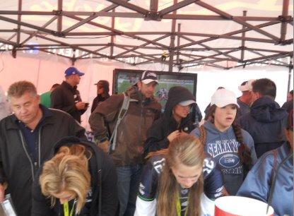 tent crowds