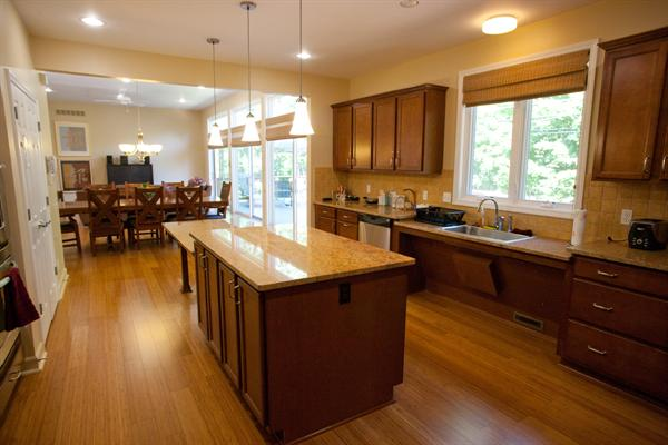 Kitchen Islands Add Beauty Function And Value To The: 6 Hot Trends In Kitchen Design For 2013