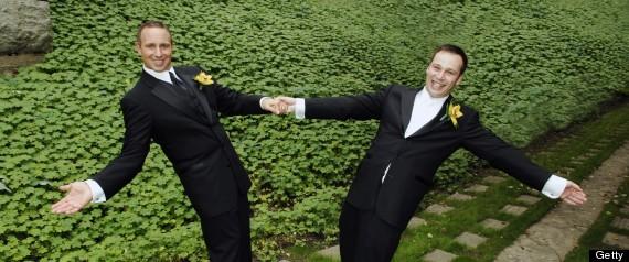 2 grooms