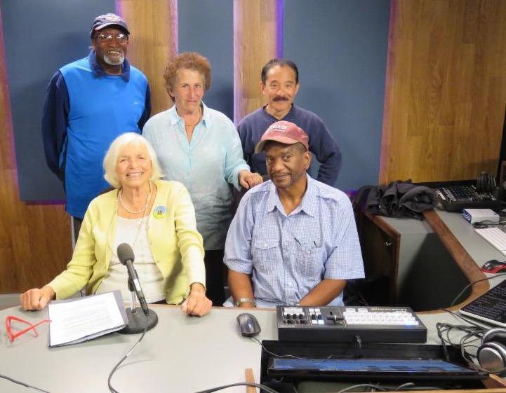 5 diverse seniors is a video lab