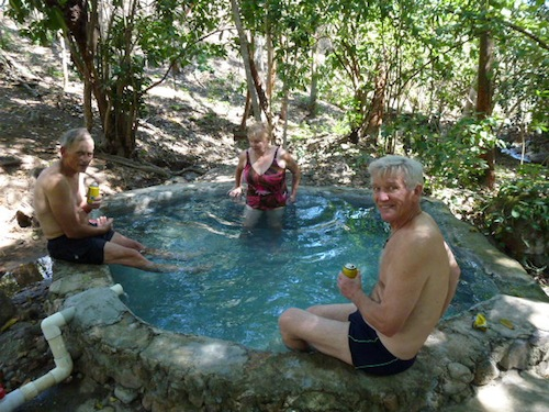 Berg: Aguas Termales de Nuevo Ixtlan
