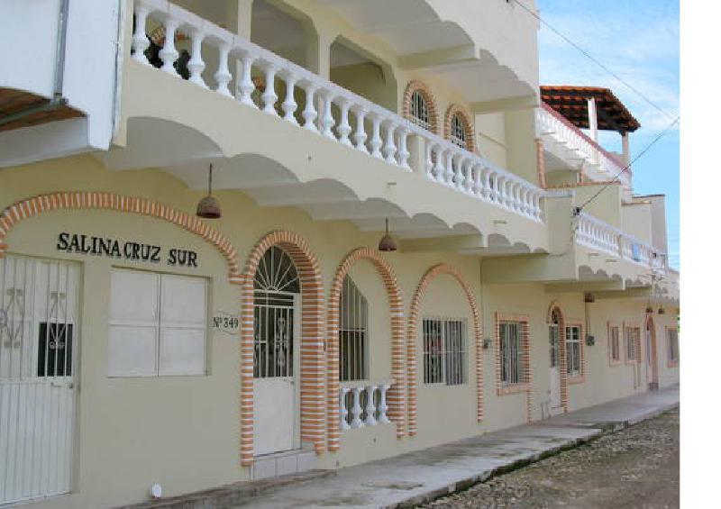 Salina Cruz Penthouse Condo