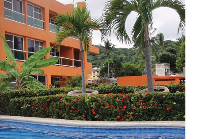 Guayabitos la penita and los ayala news march 20 2013 for Hotel villas corona los ayala