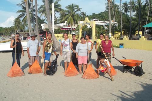 A Cleaner Playa Los Ayala