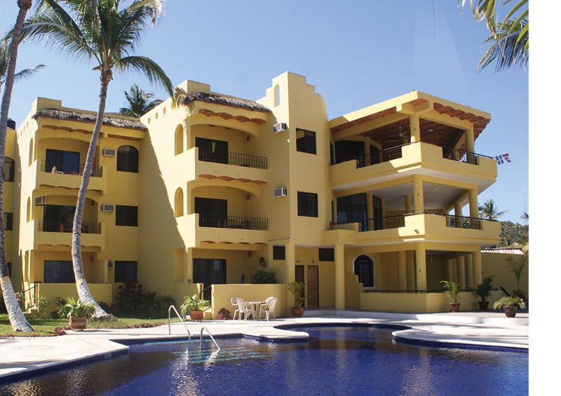 This week 39 s news for guayabitos la pe ita and los ayala for Bungalows villas del coral los ayala