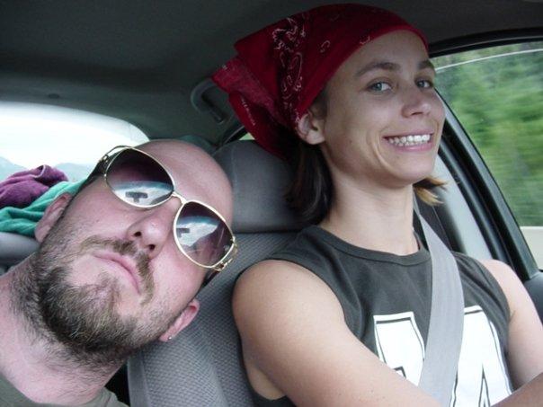 me n beck in car