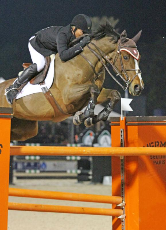 Todd Minikus riding in the Verhan Free Shoulder Jumping Saddle
