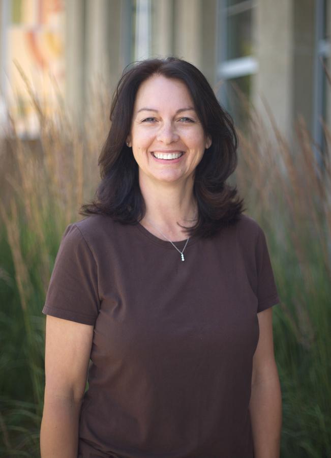 Tina Montgomery Headshot