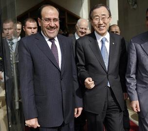 The Secretary-General (right) with Nouri al-Maliki, Prime Minister of Iraq.