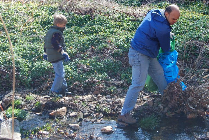 Miles and Al Carr participate in Rock Creek Cleanup