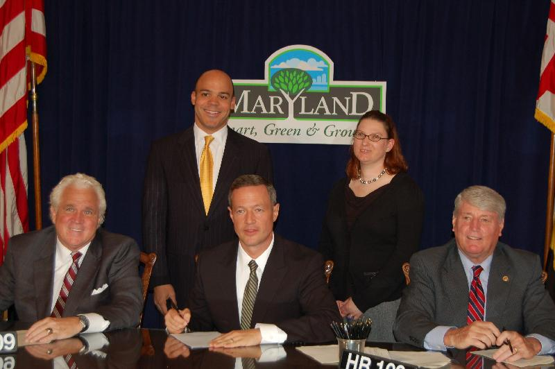 Governor O'Malley signs HB199
