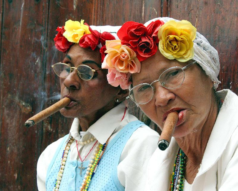 Cuban Cigar Women