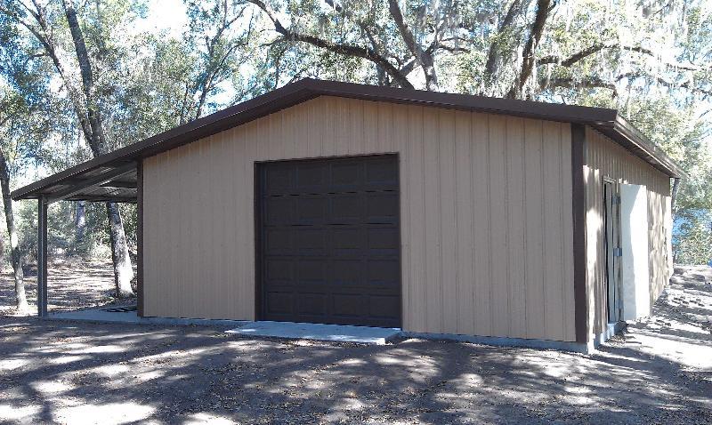 Garage w leanto