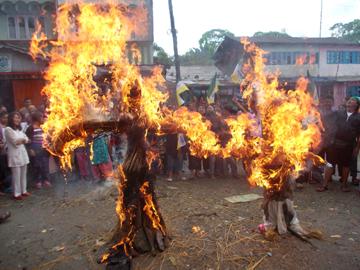 effigies burned in Mirik