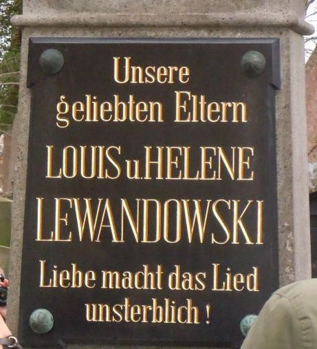 Lewandowski grave