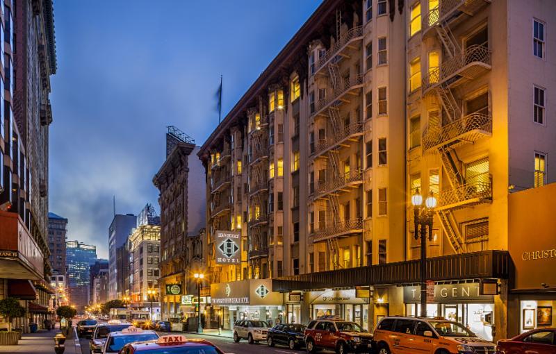 Handlery Hotel street