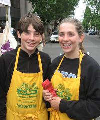 volunteers at the market