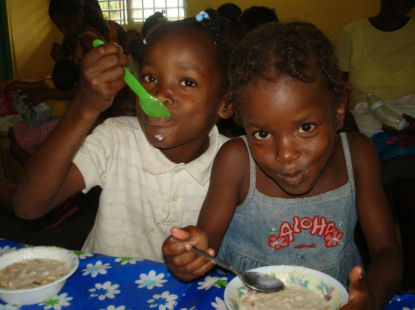 Dominican Feed the Kids Ministry