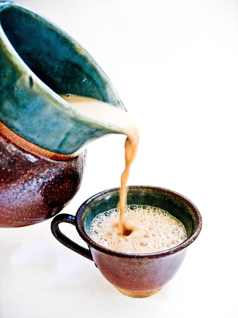 Pouring chai image