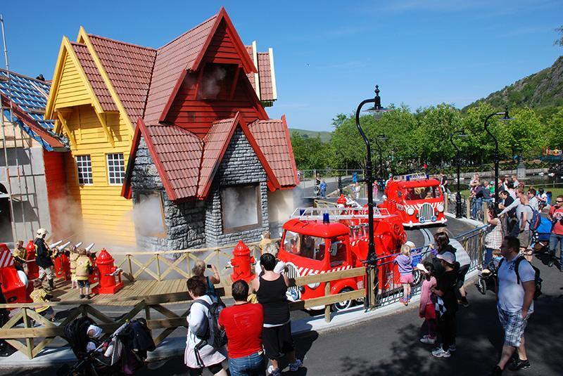 Children's Firestation - exterior - GW Group