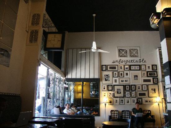 Cafe Audry Inside