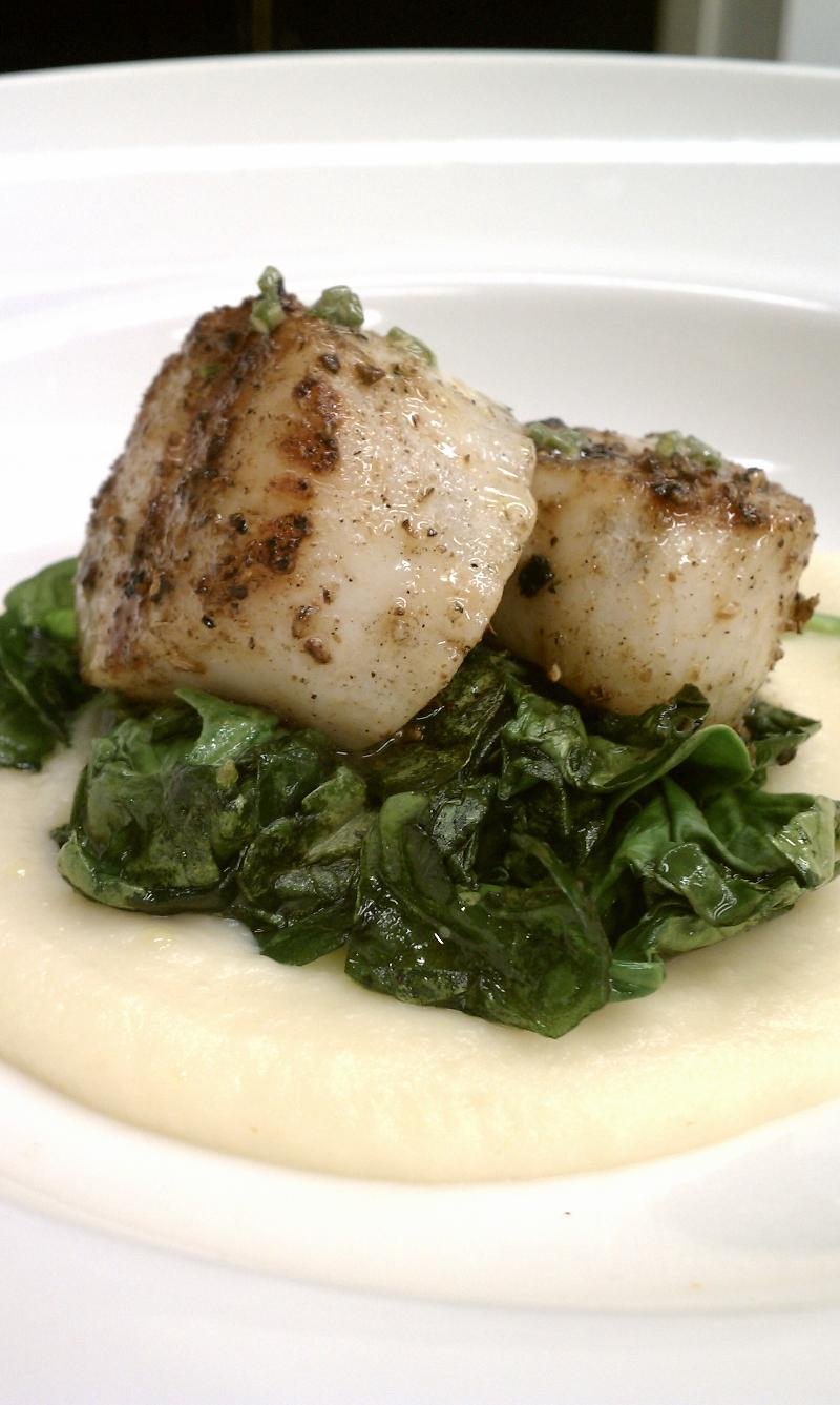 Scallops with Apple-Parsnip Puree
