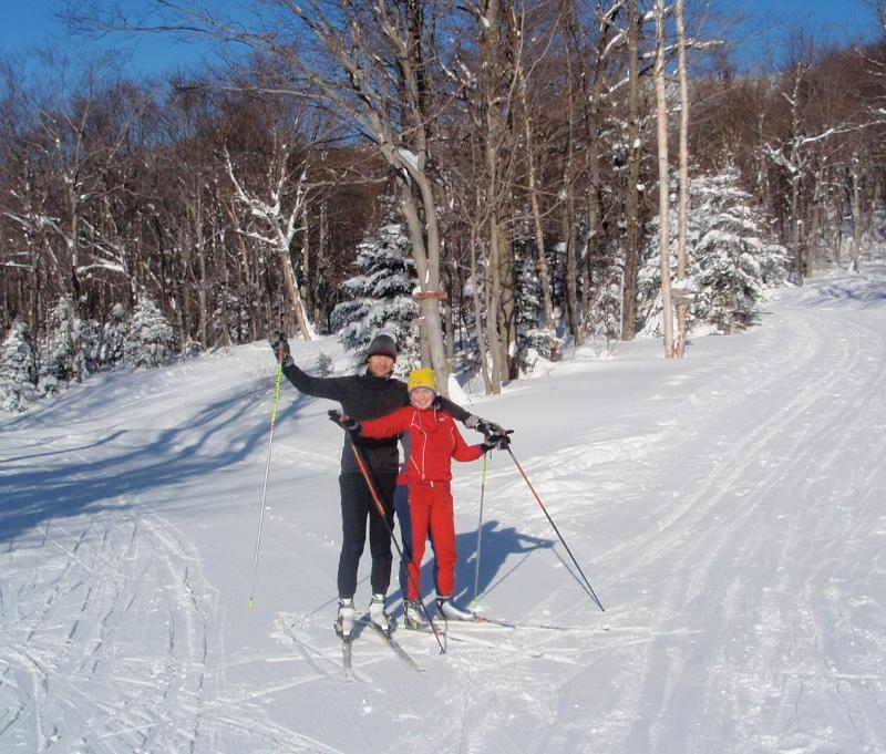 Sasha and Ira skiing