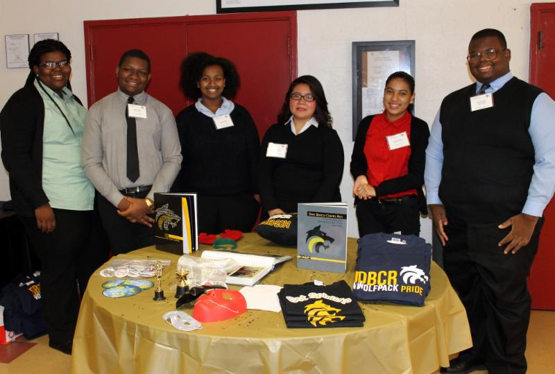 Student Government Official welcome prospective students at Open House.